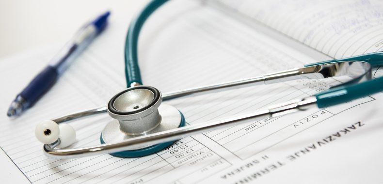 Sistemul privat de sănătate vine la bursă să forţeze mâna statului